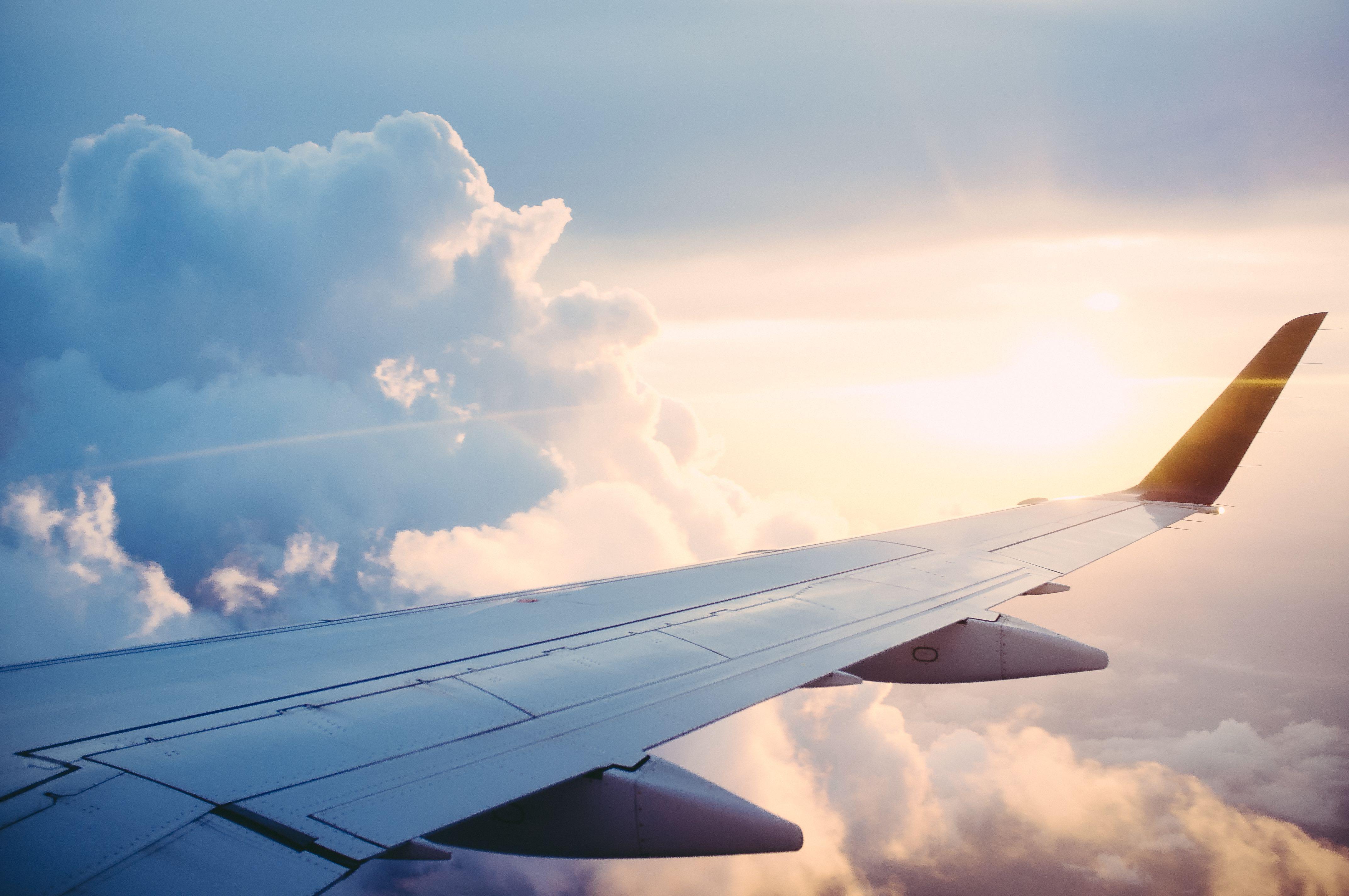 Surviving a Long Haul Flight | Hello Raya Blog