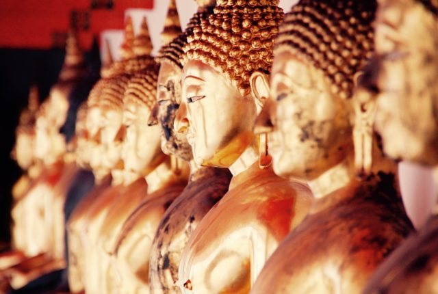 Temple in Bangkok | Places to Visit in Thailand | Travel in Thailand | Hello Raya Blog